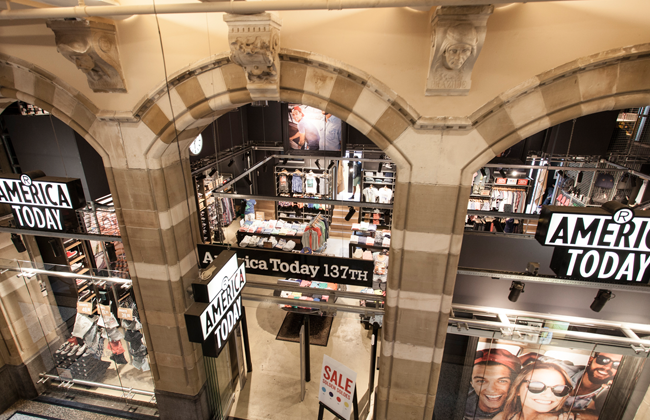 Magna Plaza_Shops_America Today_7
